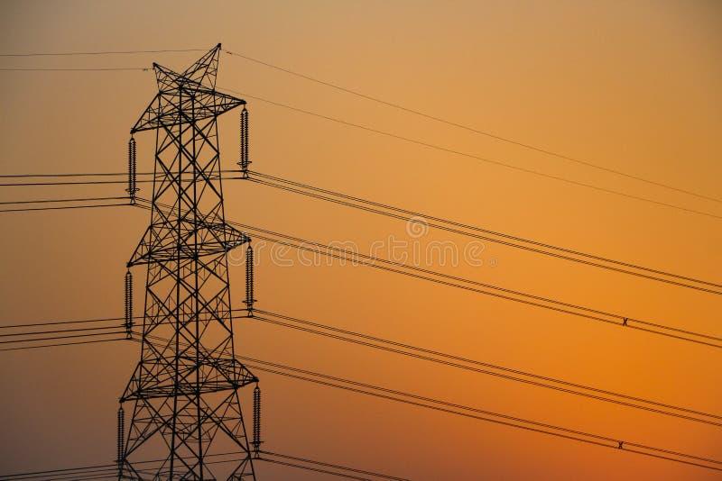 Desenvolvimento de sistema da transmissão para a distribuição da eletricidade foto de stock
