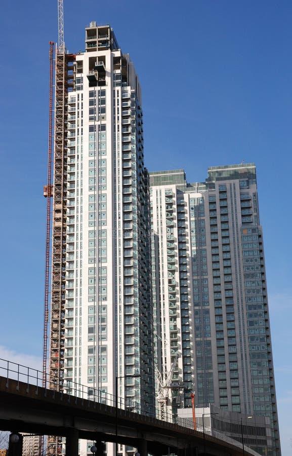 Desenvolvimento elevado da cidade da ascensão fotos de stock royalty free