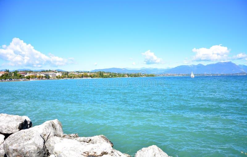 Desenzano加尔达湖都市风景 免版税库存图片