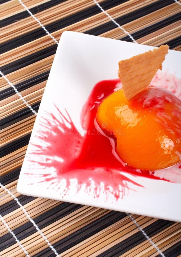 deser brzoskwiniowy krakersa kremowe zdjęcia stock
