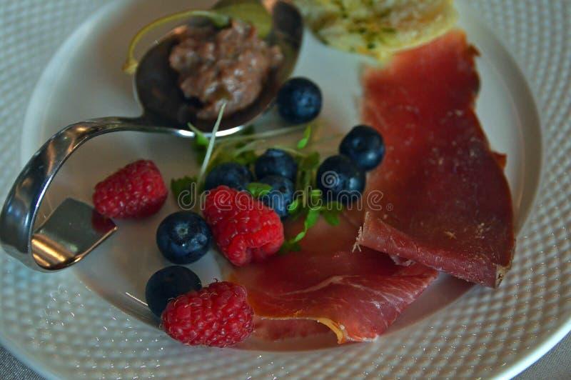Deser, Panny Cotta, jedzenie, owoc obraz stock