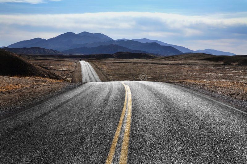 Desert Highway, Death Valley royalty free stock photos