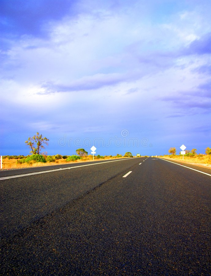 Download Desert Stormy Drive Near Renmark Stock Image - Image: 5337869