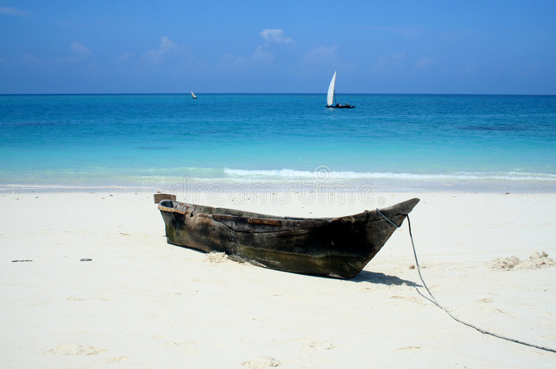 Download Deserted Beach Royalty Free Stock Images - Image: 3855919