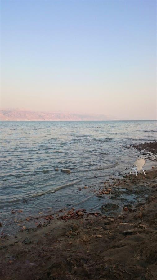 Desertera landskapet av Israel, det döda havet, Jordanien arkivbild