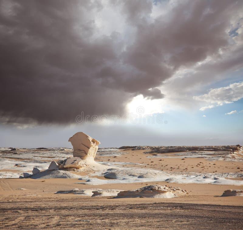 Deserto branco em Egito imagens de stock royalty free