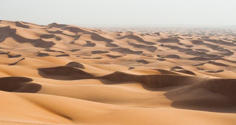 Deserto das dunas de Dubai fotografia de stock