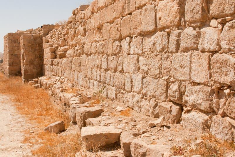 Deserto de Judean. As ruínas do monastério de Euthymius. imagens de stock