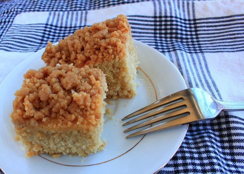 Deserto do bolo de migalha do café da manhã imagem de stock