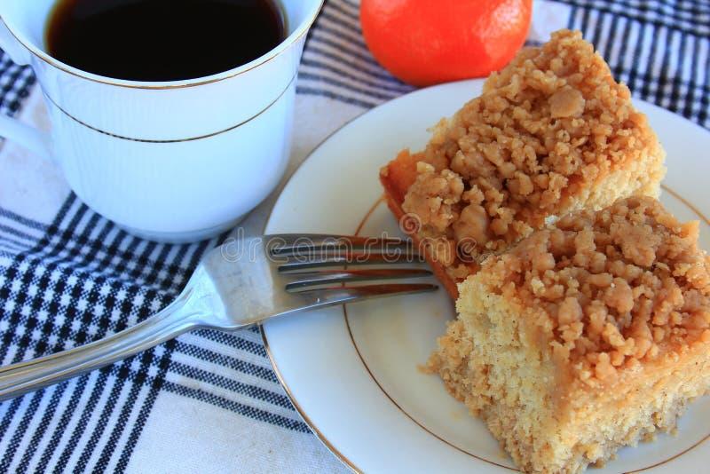 Deserto do bolo de migalha do café da manhã fotografia de stock