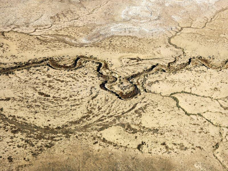 Deserto e fiume asciutto. fotografia stock libera da diritti