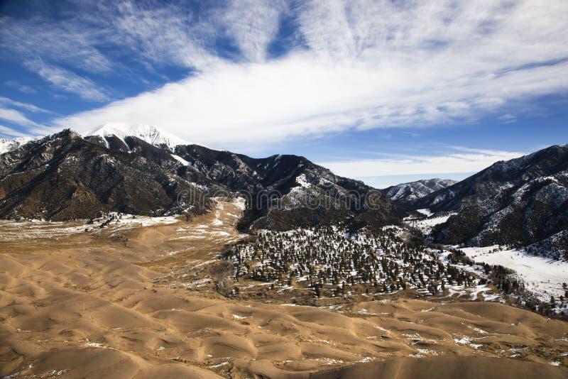 Deserto e montanhas fotos de stock
