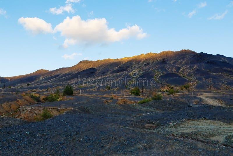 Deserto industrial - desastre ecológico em Karabash, Rússia ambiental imagens de stock