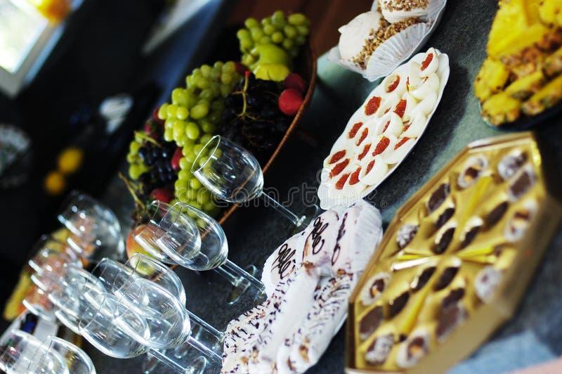 Download Desertos imagem de stock. Imagem de restaurante, desserts - 61887