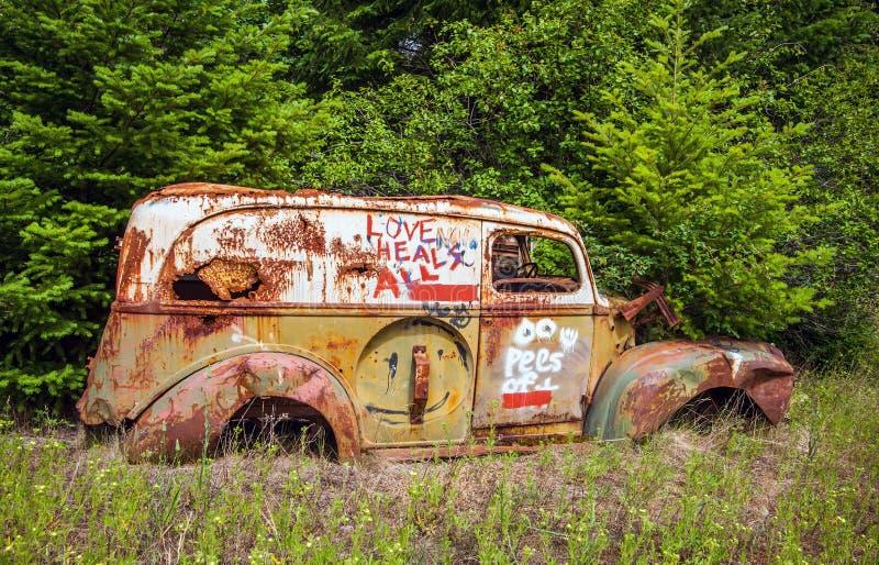 Desfaça-se do carro no lago Birkenhead perto do Columbia Britânica de Pemberton foto de stock royalty free
