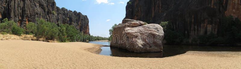 Desfiladeiro de Windjana, rio do gibb, kimberley, Austrália Ocidental foto de stock