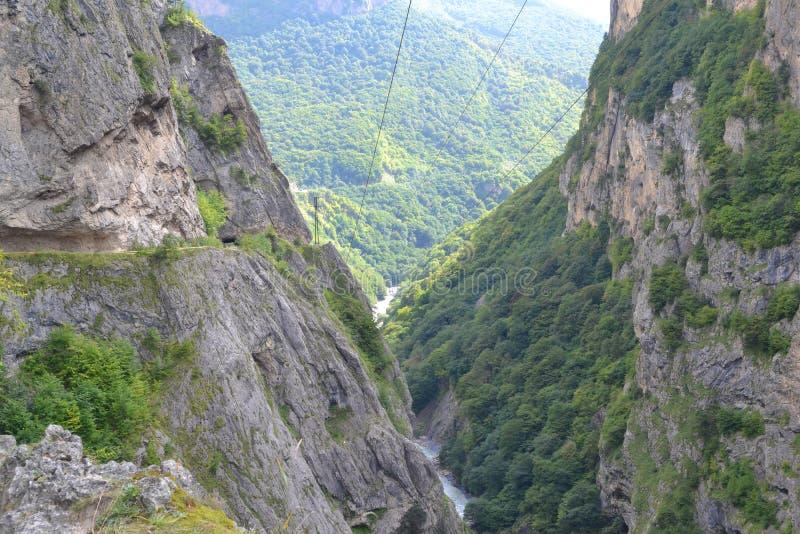 Desfiladeiro Kabardino-Balcária Cáucaso de Chemgensky fotos de stock