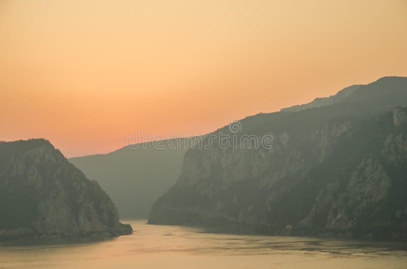 Desfiladeiros de Danúbio imagens de stock