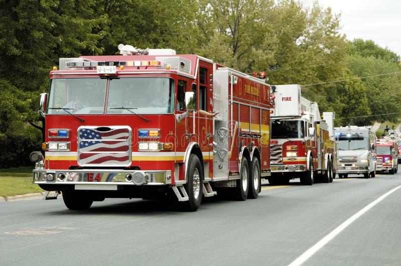 Desfile 9 del coche de bomberos fotos de archivo
