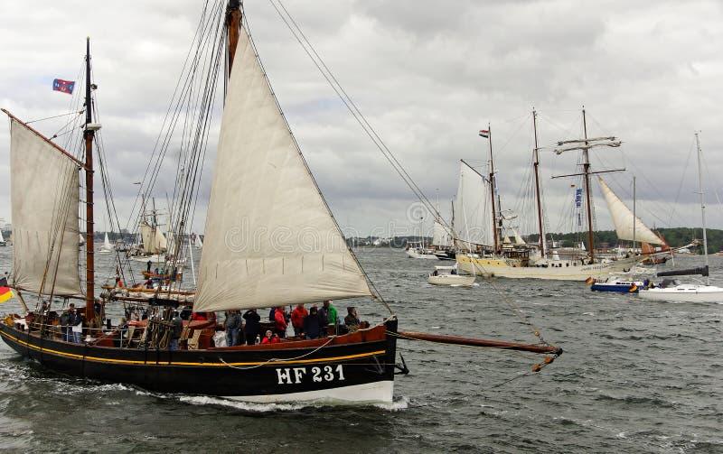 Desfile alto de la nave en el Kieler Woche 2018, Kiel, Alemania imagen de archivo