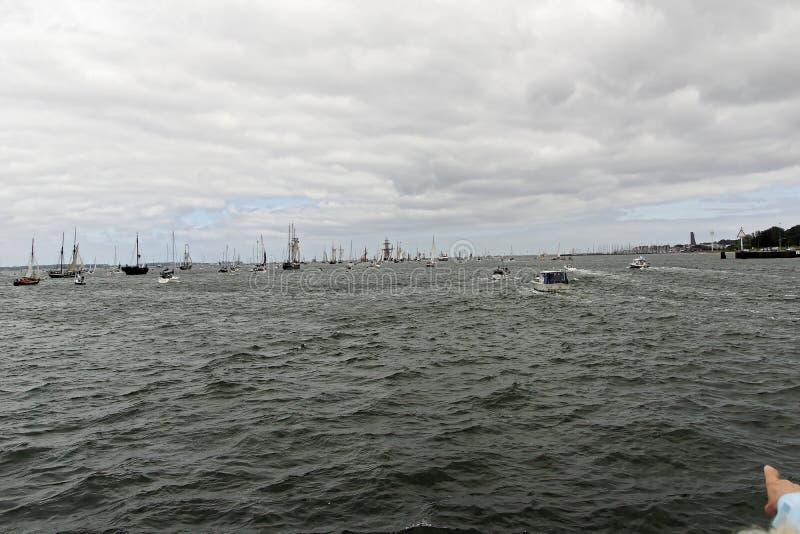 Desfile alto de la nave en el Kieler Woche 2018, Kiel, Alemania foto de archivo