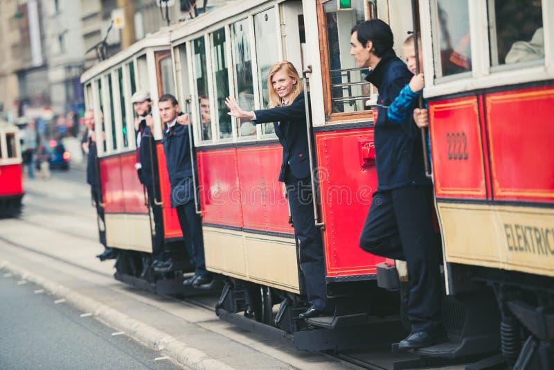 Desfile de la tranvía del vintage, Praga, República Checa foto de archivo