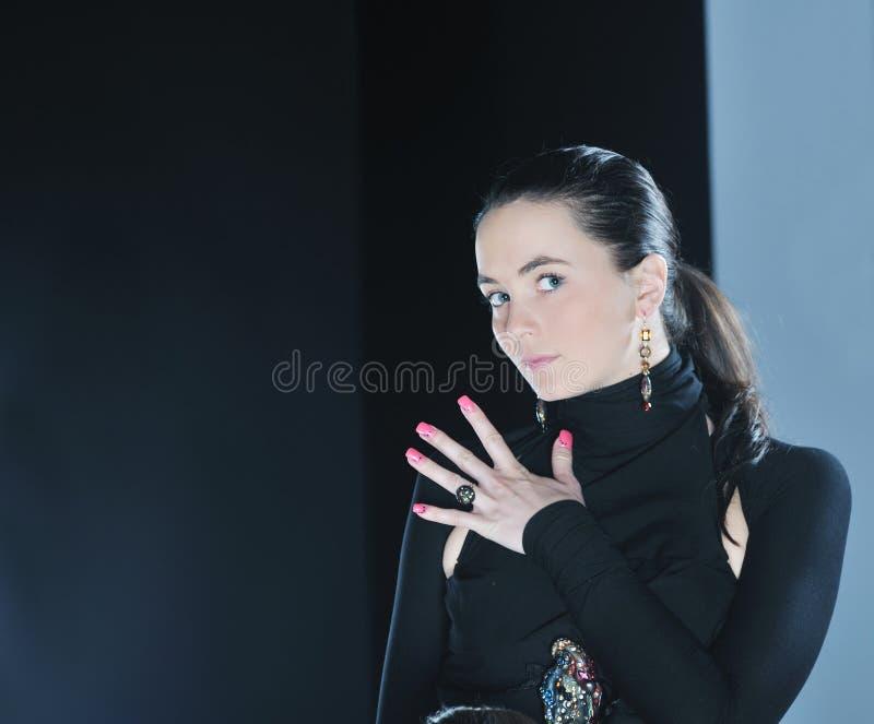 Desfile de moda da mulher imagem de stock royalty free