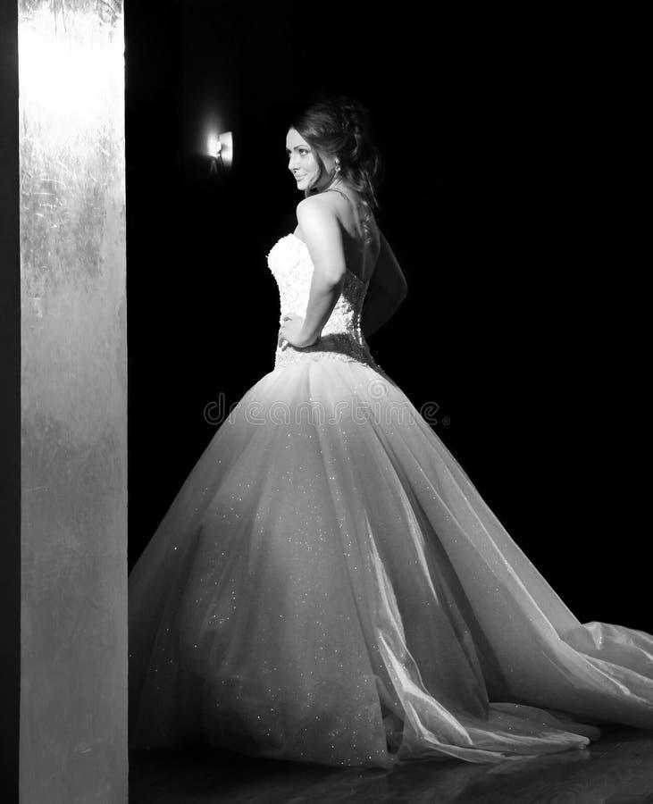 Desfile de moda do casamento imagens de stock royalty free