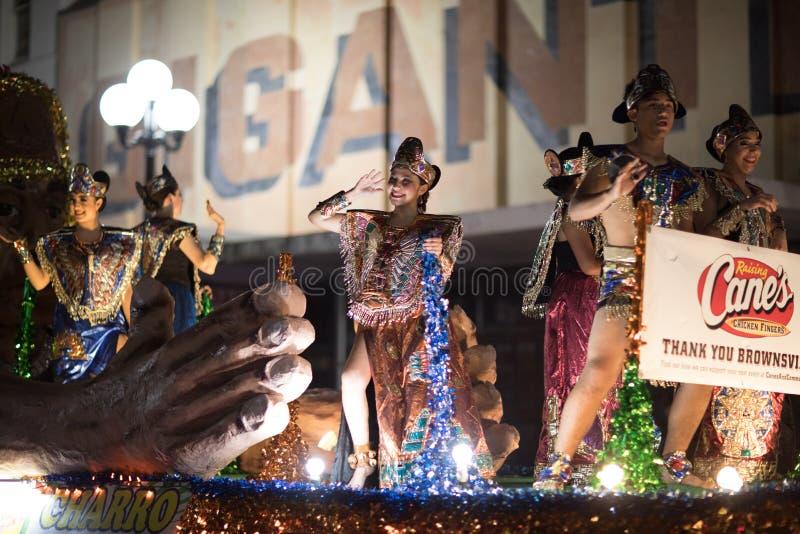 Desfile iluminado de la noche foto de archivo libre de regalías