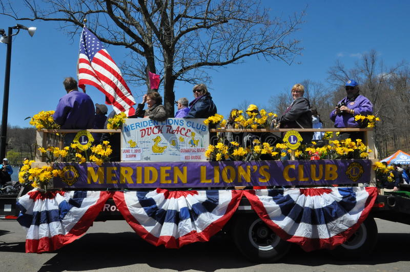 Desfile no 37th festival anual do narciso amarelo em Meriden, Connecticut fotos de stock royalty free