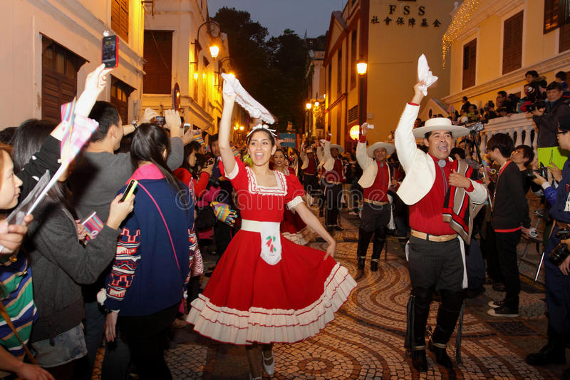 Desfile a través de Macao, ciudad latina 2012 imagen de archivo libre de regalías