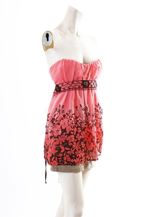 Desgaste de la primavera del mini vestido de Tunika en la exhibición completa del body shop del maniquí Estilos de la moda de la  imágenes de archivo libres de regalías