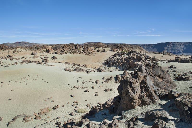 Desierto-como el valle en la base de Pico del Teide, Tenerife, islas Canarias, España foto de archivo libre de regalías