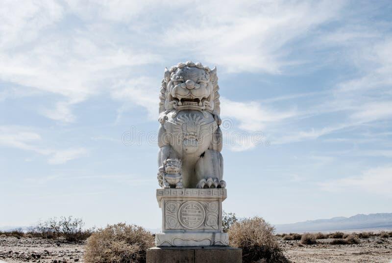 Desierto de Foo Dog In The Mojave imagenes de archivo