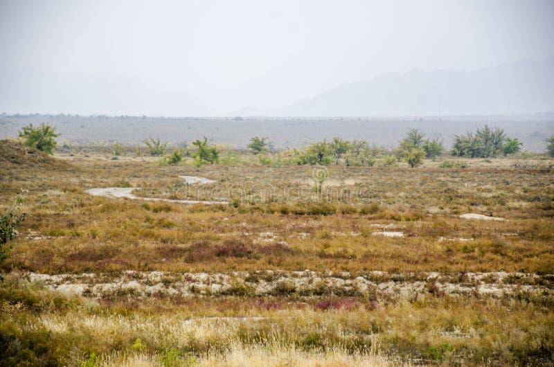 Desierto de Gobi y montañas de Helan imagenes de archivo