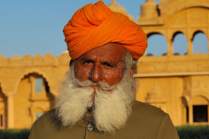 Desierto de la India, Rajasthán, Thar: Turbante colorido fotos de archivo