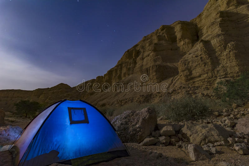 Desierto de la noche imagen de archivo