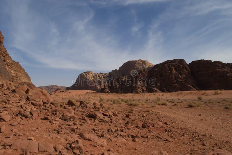 Desierto Jordania del ron del lecho de un río seco fotos de archivo libres de regalías
