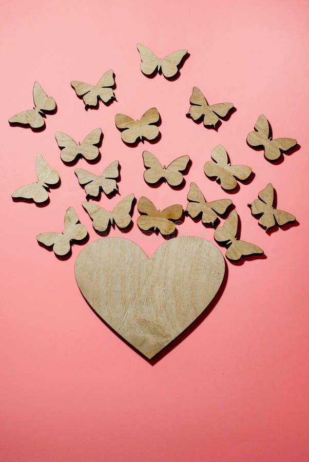 Design av kort, förklaring av förälskelse, fjärilar från hjärtan royaltyfria bilder