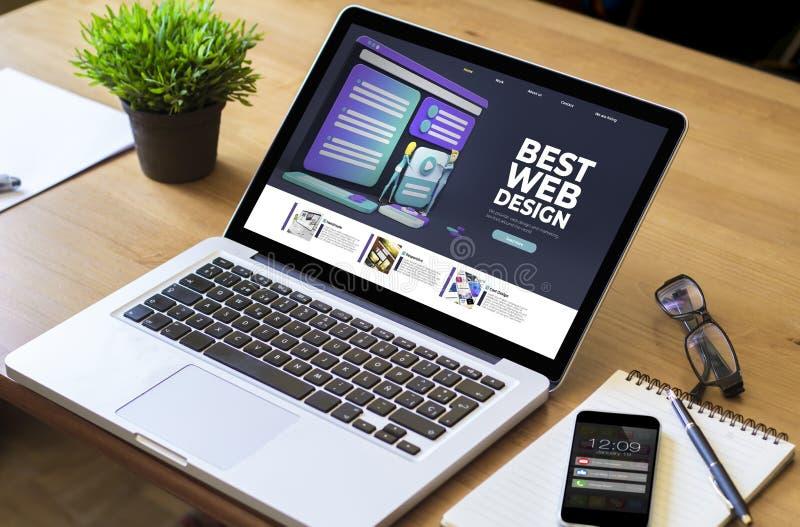 Design-Bildschirm für Desktop-Notebooks lizenzfreie stockbilder