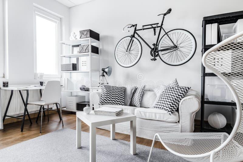 Design de interiores preto e branco imagens de stock