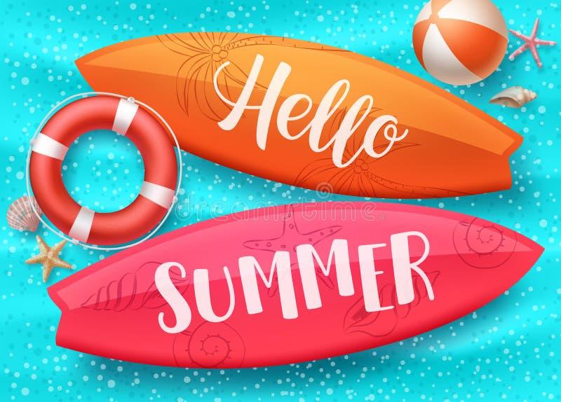 Design för Hello sommarvektor med surfingbrädan som svävar i pöl för blått vatten och färgrika strandbeståndsdelar stock illustrationer