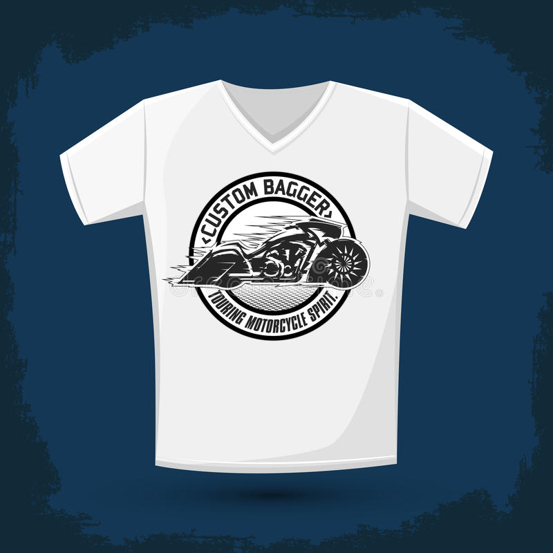 Design för T-tröja för BaggerMotorcycle emblem grafisk stock illustrationer