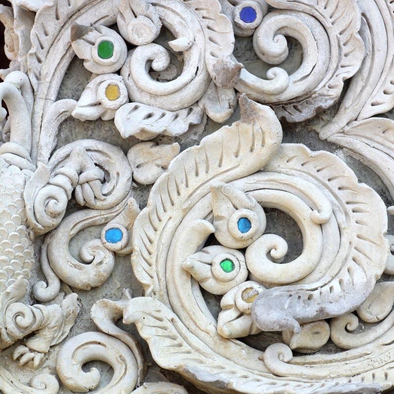 Design för vägg för modell för vit skulptur för stuckatur dekorativ arkivfoto