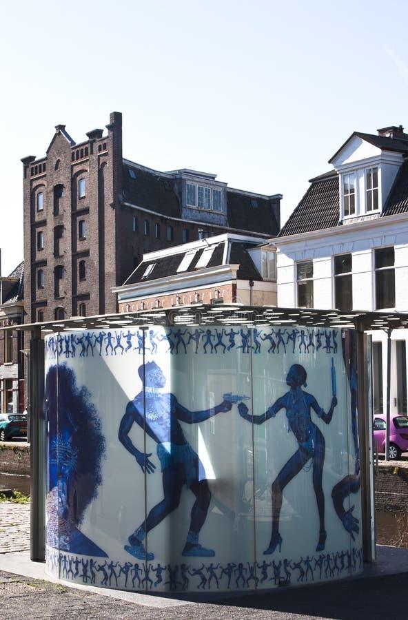 Design-Toilette in Groningen, die Niederlande stockbilder