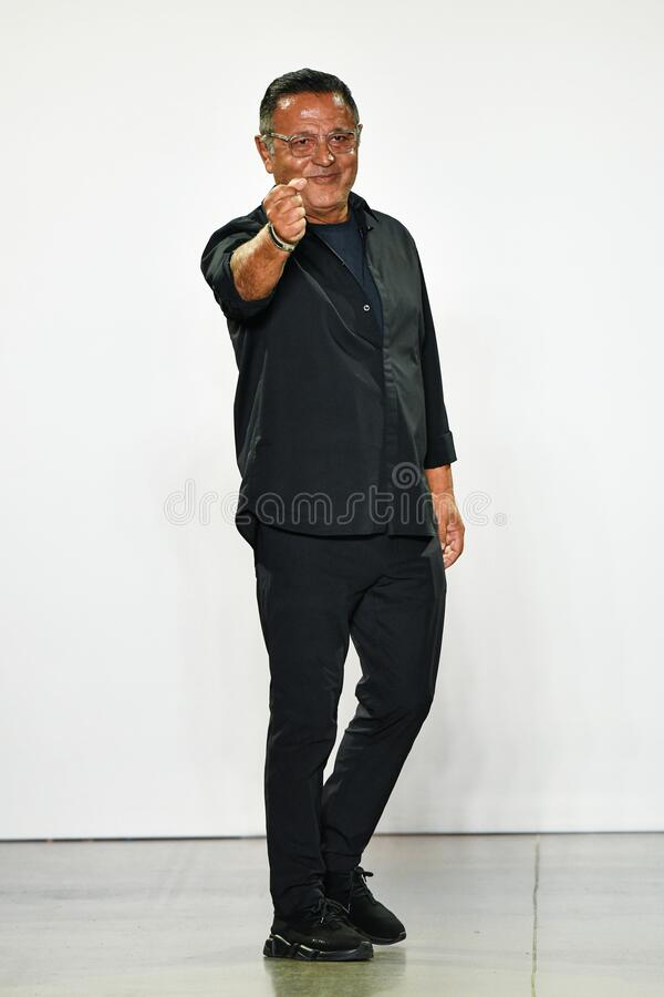 Designer Elie Tahari Greets The Audience After Presenting His Collection During New York Fashion Week Editorial Stock Image Image Of Studios Runway 174238964