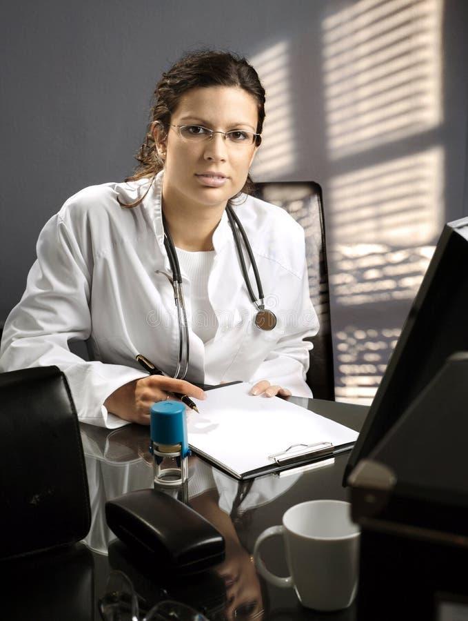 Desk des Doktors lizenzfreie stockfotos
