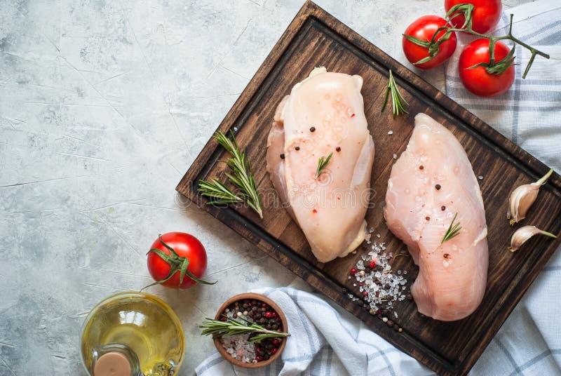 deskowy kurczaka rozcięcia fillet surowy obraz royalty free