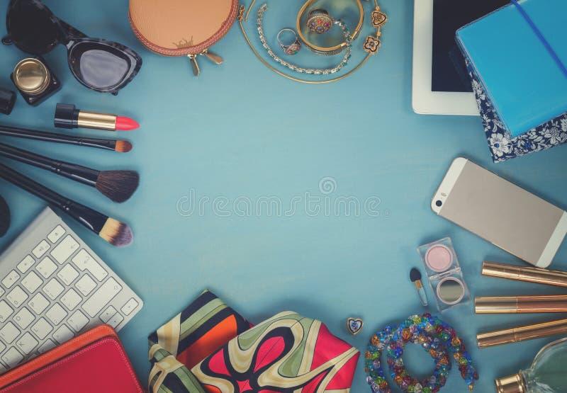Desktop femminile disegnato fotografia stock libera da diritti