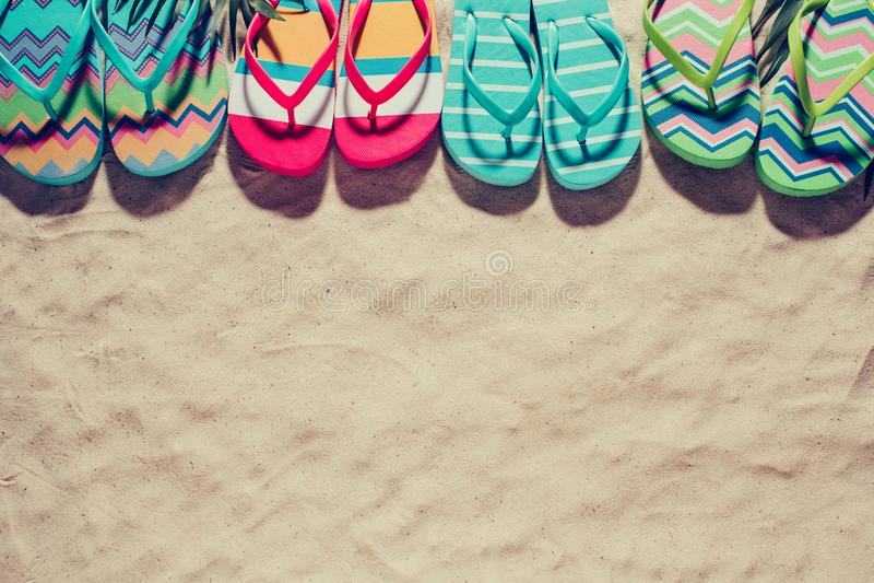 Deslizadores coloridos da praia imagem de stock royalty free